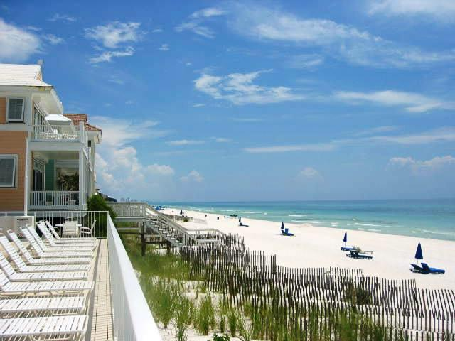 beach amenities in Carillon Beach, Florida